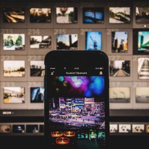 インスタグラムにWindowsパソコンから写真を投稿する方法。How to you post photograph to INSTAGRAM from computer of Windows