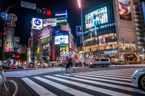 インスタに渋谷スクランブル交差点を疾走する自転車写真をアップ!I posted photograph to Instagram that bycicle crossing Shibuyacrossing,Tokyo,Japan