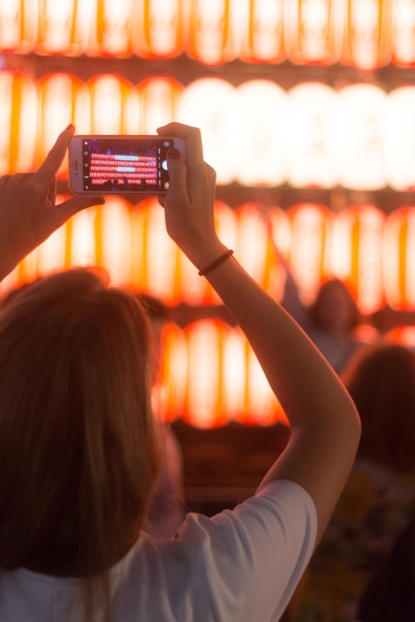 スナップマートで「夏祭りでスマホで撮影」写真をご購入頂きました!I sold photo Shooting photos with iPhone at summer festival in Japan on Snapmart