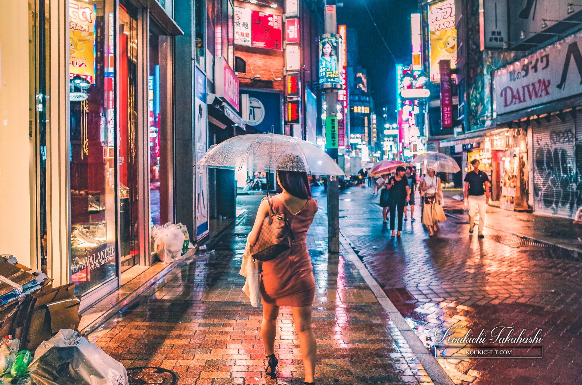 Adobe Lightroom 写真現像レタッチ Before After 雨の渋谷センター街