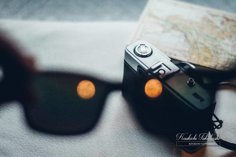 Adobe Lightroomフィルム風ヴィンテージ風レタッチ現像事例・サンプル・作例 渋谷のフォトグラファー サングラスとフィルムカメラ