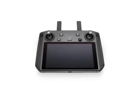 DJIスマートコントローラー予約開始!5.5インチの内蔵ディスプレイでより迅速便利な空撮が可能に!DJI新製品ニュース速報