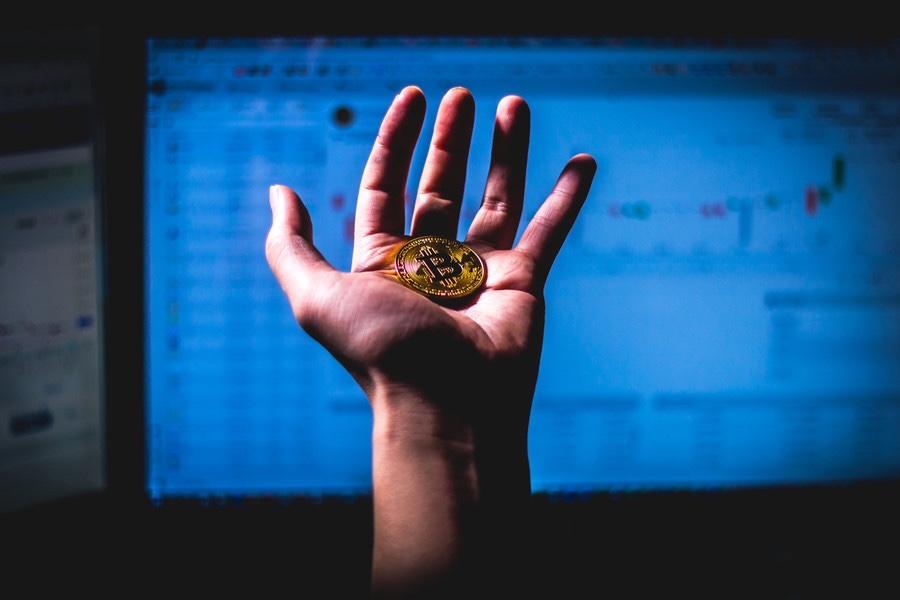 ビットコイン一時120万円突破!BTC/JPY 2019年6月22日 ビットコイン写真素材