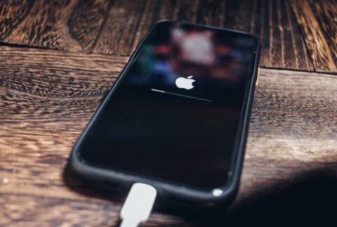 iOS 14.5でマスクをしたままiPhoneのロック解除が可能に。必要条件、やり方は?Apple Watchユーザー向け